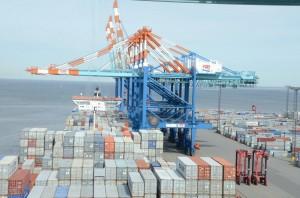 container_importabwicklung_asien_reinkemeier_logistik